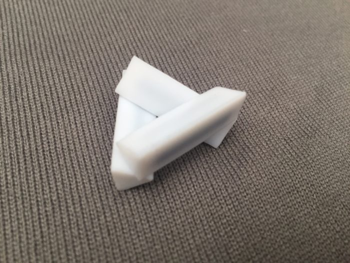 PTFE Triangle Bar 7.5x25